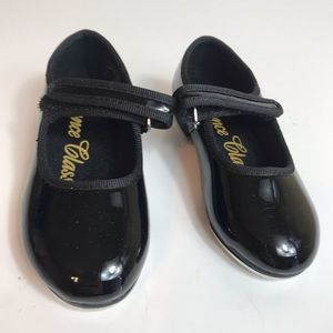 Dance class tap shoes Mary Janes Worn Once